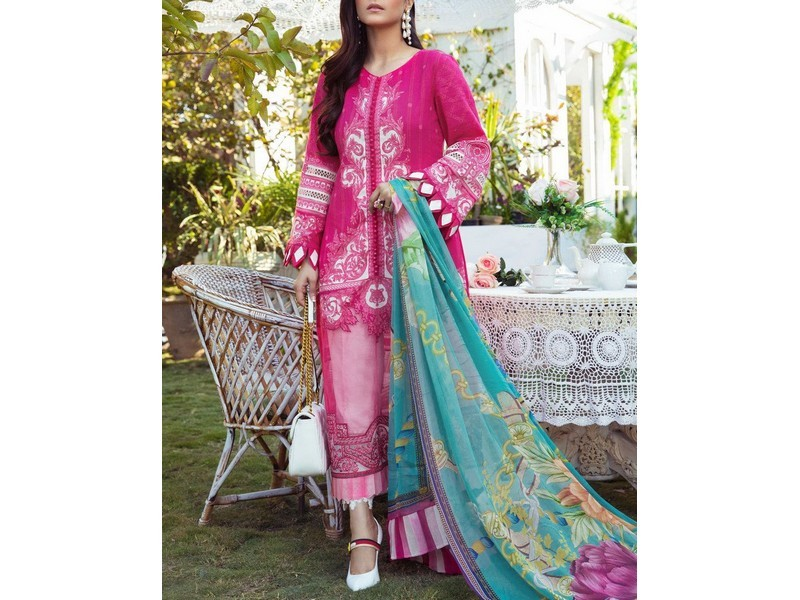 Heavy Full Front Embroidered Lawn Suit with Chiffon Dupatta