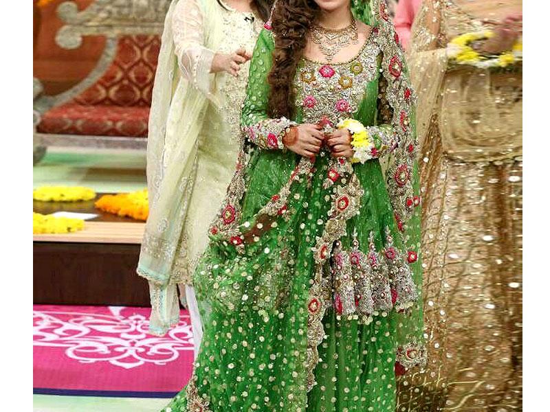 Mehndi Bridal Lehnga : Embroidered green net bridal lehenga dress price in pakistan