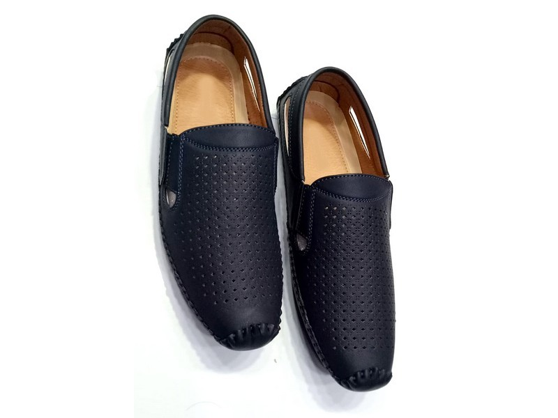 Dotted Design Men's Formal Loafer Shoes Price in Pakistan