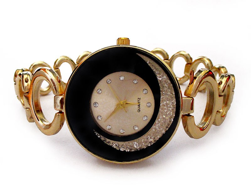 Elegant Ladies Golden Bracelet Watch Price in Pakistan