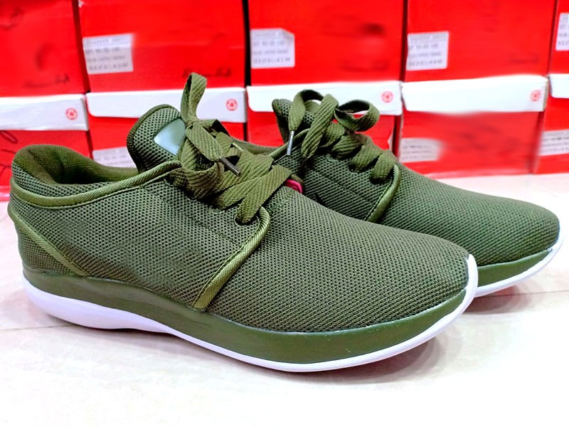 Comfort Men's Green Sports Shoes
