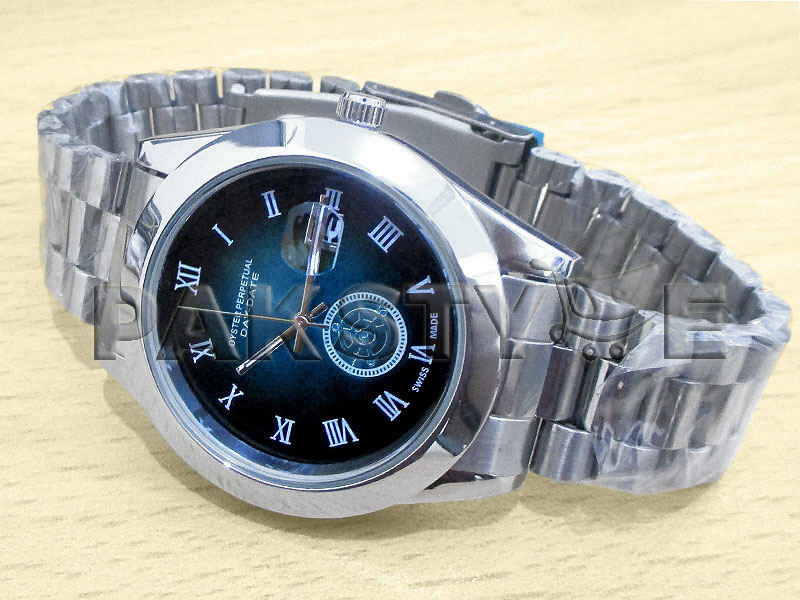 Elegant Men's Blue Dial Date Watch