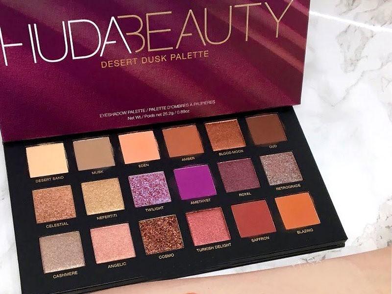 HUDA CRUSH BEAUTY Makeup kit Eyeshadow Palette with Brush