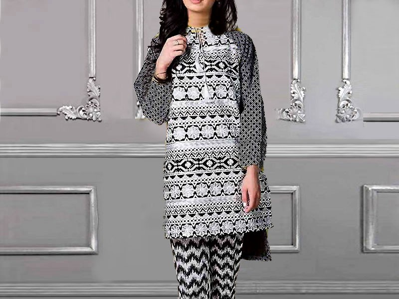 Rashid Classic Lawn 2018 with Lawn Dupatta 214-C Price in Pakistan