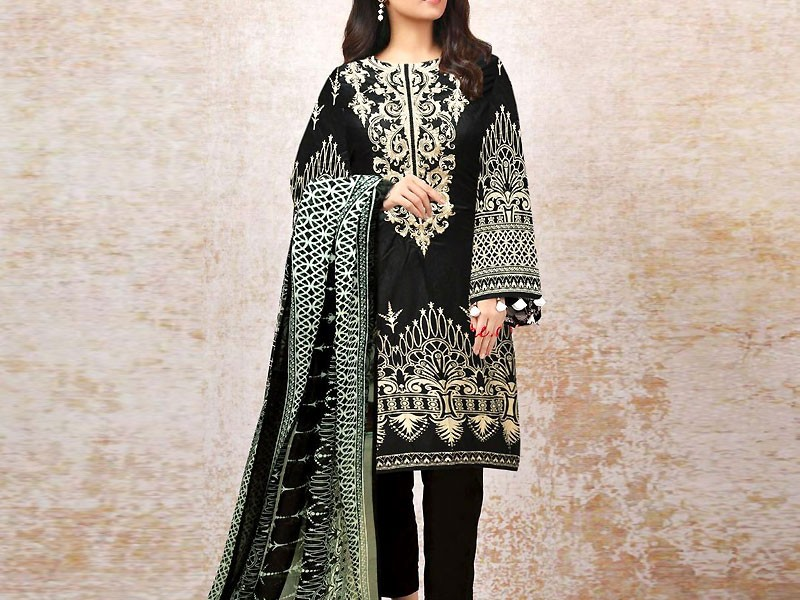 Embroidered Black Linen Suit with Chiffon Dupatta Price in Pakistan