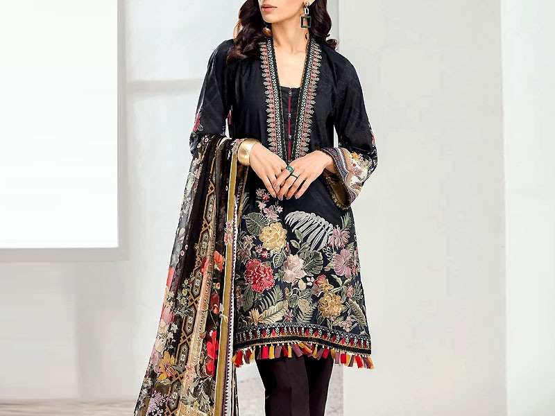 Heavy Embroidered Black Lawn Dress with Chiffon Dupatta Price in Pakistan