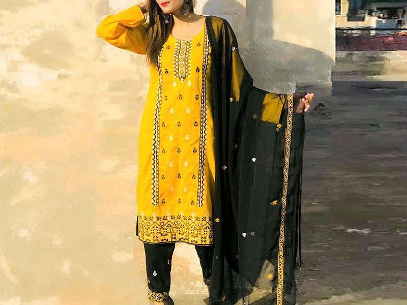 Embroidered Lawn Suit with Embroidered Chiffon Dupatta Price in Pakistan