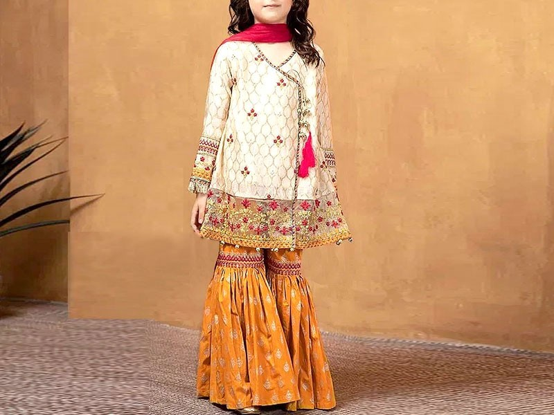 Kids 3-Pcs Embroidered Eid Lawn Suit 2021 with Net Dupatta Price in Pakistan
