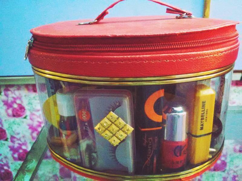 bridal complete orignal makeup beauty box price in pakistan