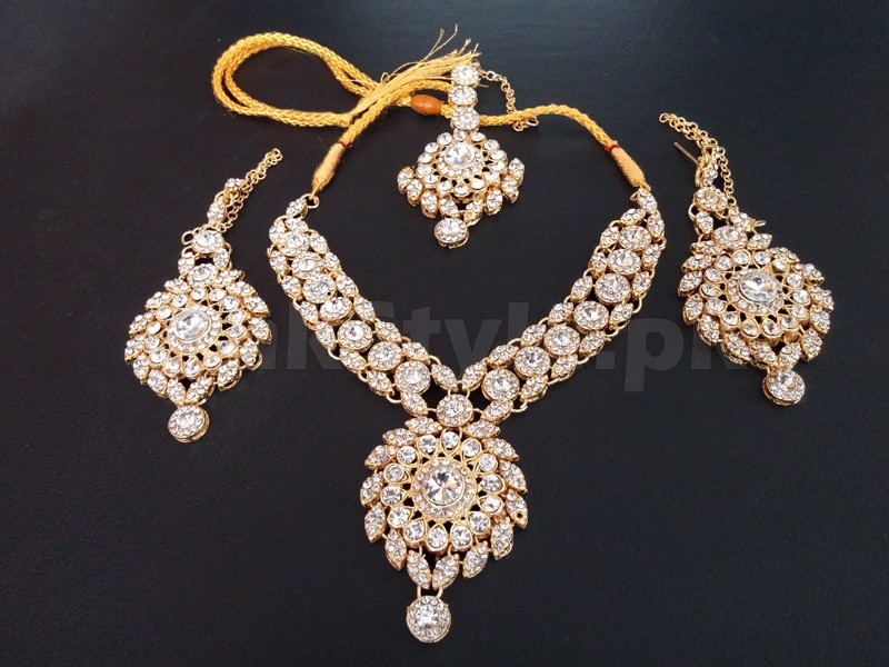 Golden Jewellery Set with Matha Patti Price in Pakistan (M007992 ...