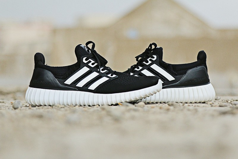 Men's Ultra Boost Running Shoes - Black White Price in Pakistan