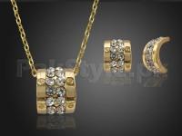 Delicate Golden Jewelry Set in Pakistan
