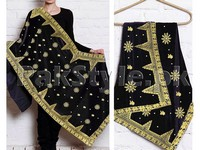 Embroidered Bridal Velvet Shawl - Black in Pakistan