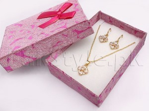Delicate Golden Necklace Set Price in Pakistan