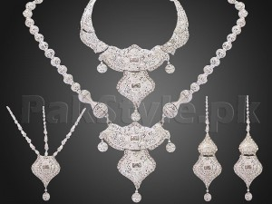 White Double Luxury Bridal Jewelry Set Price in Pakistan