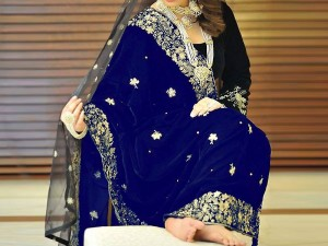 Embroidered Navy Blue Velvet Bridal Shawl Price in Pakistan