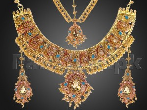 Heavy Bridal Golden Jewellery Set Price in Pakistan
