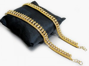Set of 2 Golden Anklets Price in Pakistan