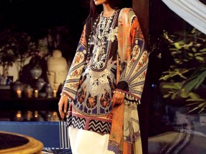 Latest Embroidered Lawn Dress Design 2019 with Chiffon Dupatta Price in Pakistan