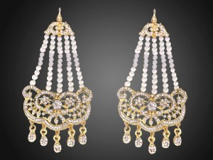 Elegant Pearls Golden Earrings Price in Pakistan