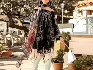 Eid Collection: Heavy Embroidered Black Lawn Dress with Chiffon Dupatta Price in Pakistan