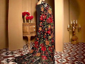 Designer Heavy Embroidered Velvet Shawl Price in Pakistan