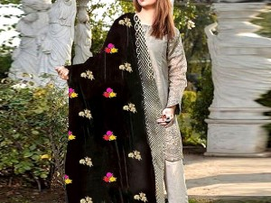 Embroidered Black Winter Velvet Shawl Price in Pakistan