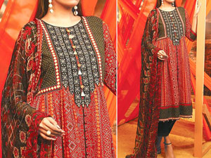 Traditional  Embroidered Lawn Dress 2020 with Lawn Dupatta Price in Pakistan
