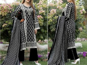 VS Classic Lawn Suit 2020 with Lawn Dupatta Price in Pakistan