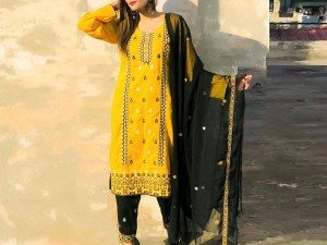 Heavy Embroidered Lawn Dress with Embroidered Bamber Chiffon Dupatta Price in Pakistan