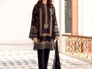 Luxury Embroidered Linen Dress with Embroidered Bamber Chiffon Dupatta Price in Pakistan