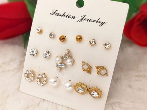 9 Pairs of Fashion Ear Studs