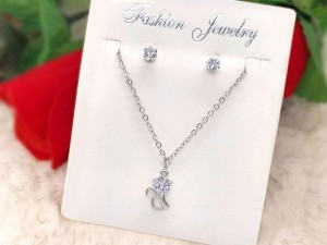 Elegant Jewellery Sets for Girls