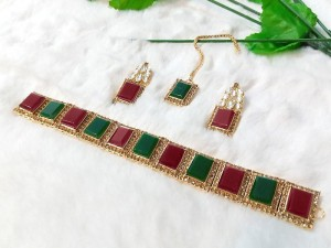 Elegant Multicolor Stones Golden Jewellery Set Price in Pakistan