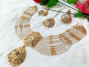 Elegant Hyderabadi Pearl Bridal Jewellery Set Price in Pakistan
