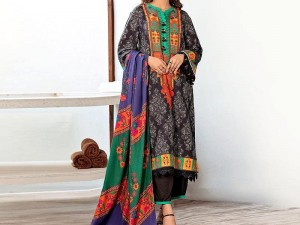 Embroidered Lawn Suit 2021 with Scroll Embroidered Chiffon Dupatta Price in Pakistan
