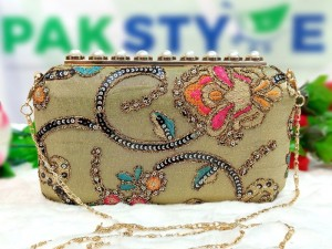 Handwork Banarasi Silk Embroidered Bridal Evening Clutch Bag Price in Pakistan