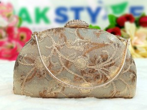 Banarasi Silk Embroidered Bridal Evening Clutch Bag Price in Pakistan