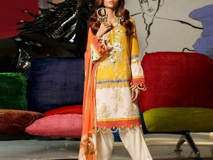 Heavy Embroidered Lawn Suit 2021 with Chiffon Dupatta Price in Pakistan