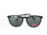 Ray-Ban Wayfarer Round Sunglasses in Pakistan