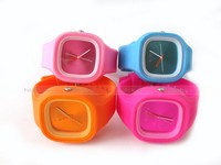 4 Gucci Silicone Watches for Girls in Pakistan