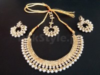 White Pearl Jewellery Set in Pakistan