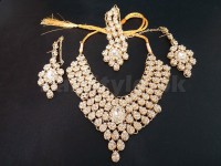 Golden Jewellery Set with Matha Patti in Pakistan