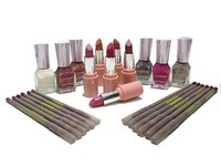 24 Lakme Makeup Products in Pakistan
