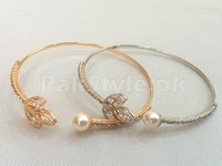 Pack of 2 Pearl Bangles in Pakistan
