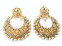 Pearls Fashion Golden Earrings Price in Pakistan