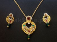 Heart Shape Golden Jewellery Set in Pakistan