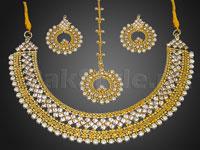 Pearl Golden Jewellery Set in Pakistan
