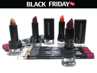 18 Lakme Absolute Products Black Friday Deal in Pakistan