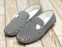 Comfortable Stylish Men's Loafers White Black in Pakistan